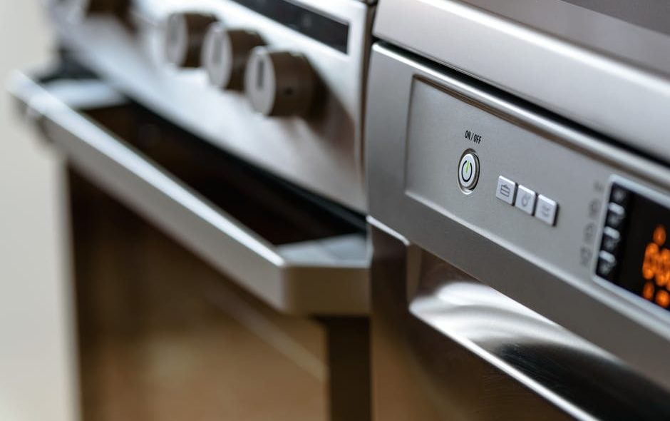Signs Your Oven Needs A Clean